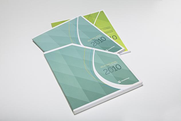 Relatório Anual bilíngue